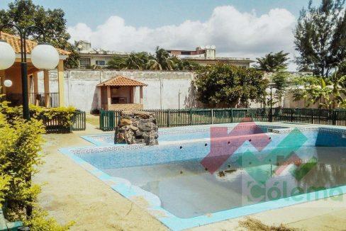 AR15_Moradia_T4_anexo_piscine_05