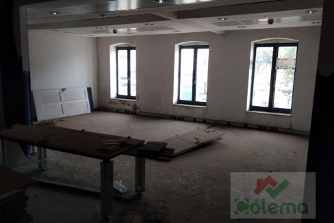 PRO11 Edificio 2 pisos 720m2 com lojas e apartamentos 09
