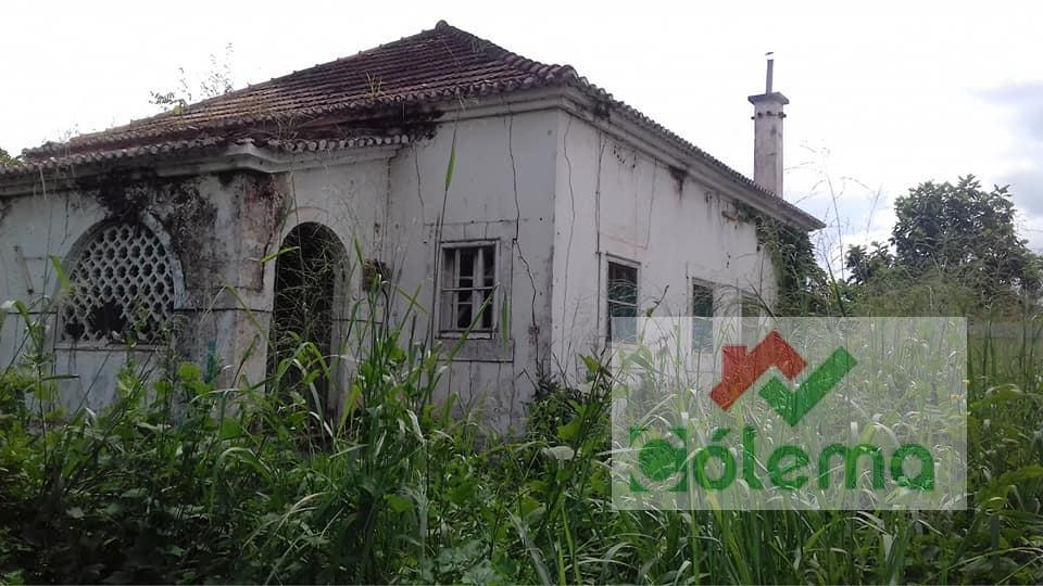 VE34 Casa T3 para rehabilitar – Centro