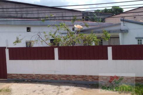 VE51 Casa e Armazem01