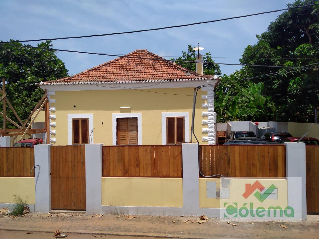 VE53 Casa colonial renovada – Pantufo