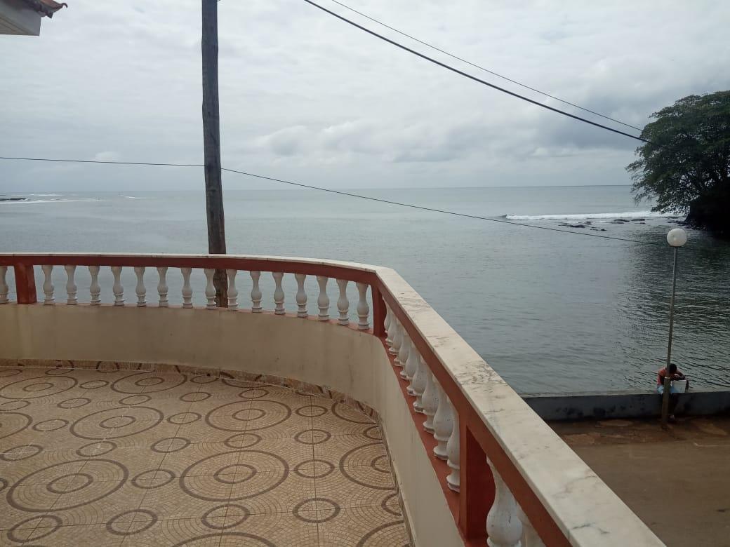 ARR104 Apartamento T2 beira-mar Santana ideal para surfistas