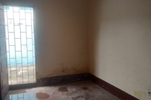 PRO102 Casa para loja bem localizada em Guadalupe 005