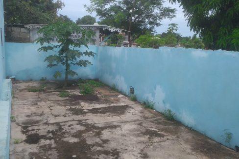 PRO102 Casa para loja bem localizada em Guadalupe 013