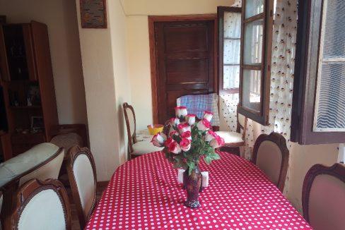 VEN108 Appartement T2 epoque colonial centre historique 010