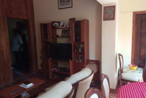 VEN108 Appartement T2 epoque colonial centre historique 011
