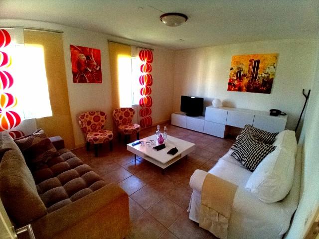 ARR107 Casa bonita T3 com jardim agradavel Santo Antonio 004