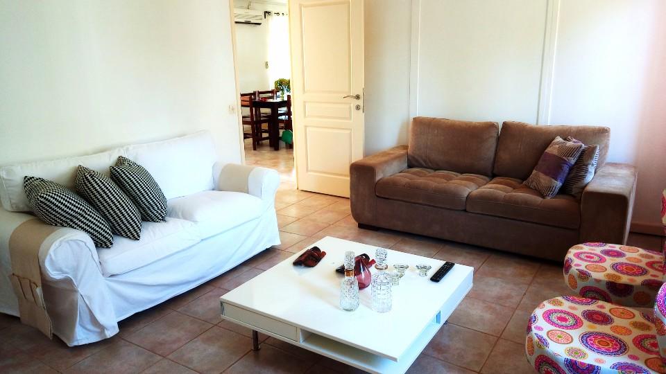 ARR107 Casa bonita T3 com jardim agradavel Santo Antonio 022