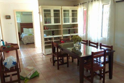 ARR107 Casa bonita T3 com jardim agradavel Santo Antonio 026