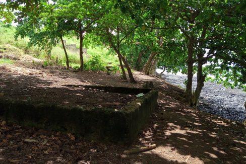 PRA 04 Terreno beira mar 2500m2 Passadeira Sao Tome com casa para renovar_013
