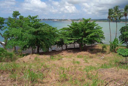 PRA 04 Terreno beira mar 2500m2 Passadeira Sao Tome com casa para renovar_017