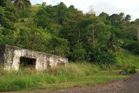 PRA 05 Terreno 1200m2 beira-mar com ponte e edifício para reabilitar 015