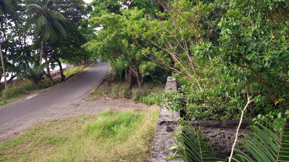 PRA 05 Terreno 1200m2 beira-mar com ponte e edifício para reabilitar 028