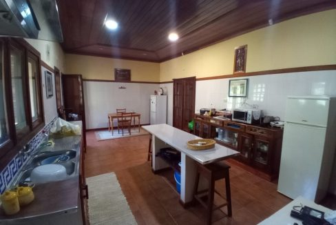 VEN20_Casa grande luxo com quintal 1 ha Me Zochi Sao Tome vender_06