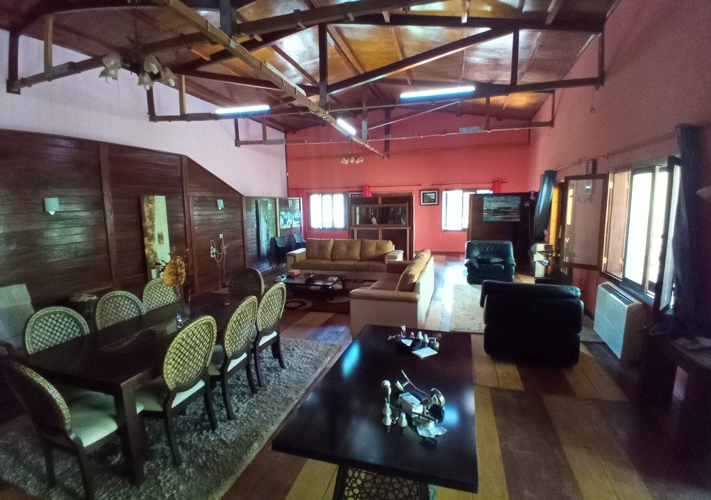 VEN20_Casa grande luxo com quintal 1 ha Me Zochi Sao Tome vender_13