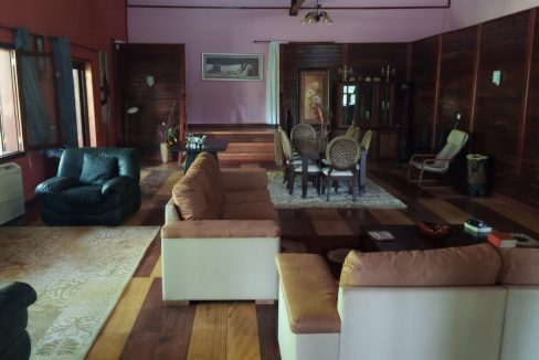 VEN20_Casa grande luxo com quintal 1 ha Me Zochi Sao Tome vender_15