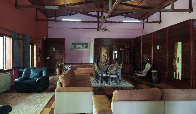VEN20_Casa grande luxo com quintal 1 ha Me Zochi Sao Tome vender_16